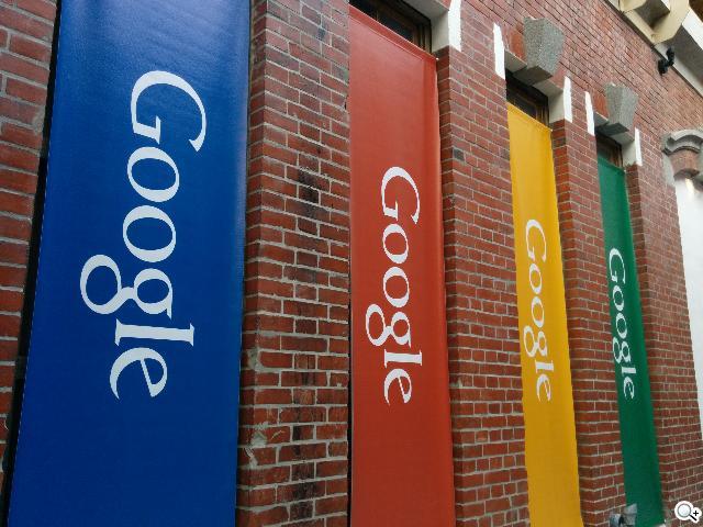 谷歌-Nexus-5-实拍图