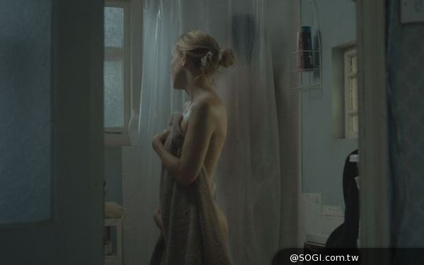凱特哈德森被法蘭柯帶壞《鎖命橫財》裸身演出