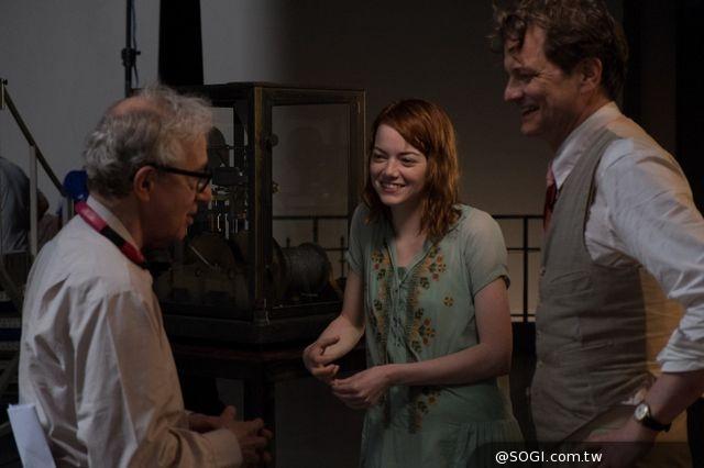 艾瑪史東成伍迪艾倫新一代女神 跑步機上欽點演出《魔幻月光》