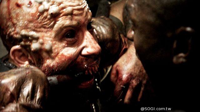 《錄到鬼4:末世錄》爽度100%喪屍電影