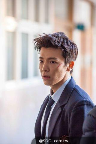《騷動青春》韓國試片會群星力挺 Super Junior團員為東海站台