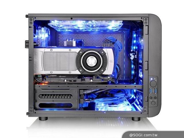 曜越全新「Core V21平躺式 M-ATX概念機殼」堆疊式內裝擴充 水冷專業認證