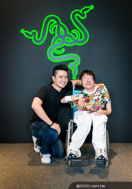 RAZER CEO會見超級粉絲並捐贈10,000美金予ALS漸凍人協會