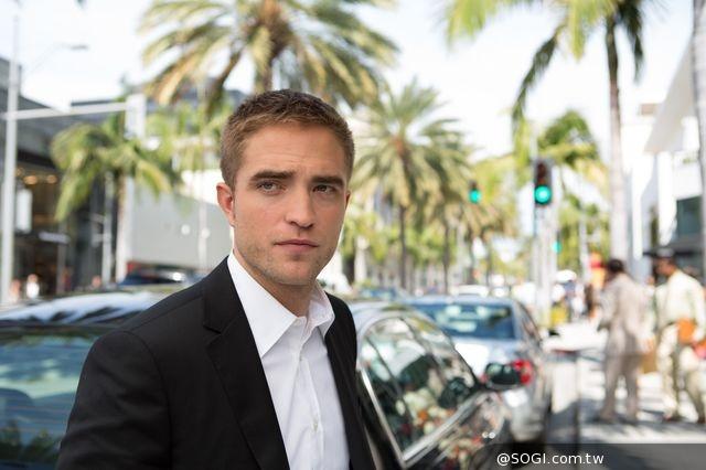 禮車司機驚爆好萊塢內幕《寂寞星圖》影射32位明星、名流