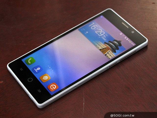 Coolpad Dashen F1   улучшенная версия популярного смартфона