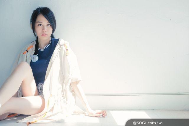 年終最強新人「學生情人」孫羽希個人全新迷你專輯《褪殼》