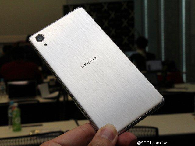 索尼X Performance上市前相机实测对比三星S7