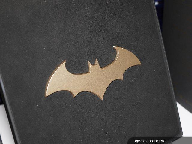 三星GALAXY S7 edge蝙蝠侠限量款开箱图赏