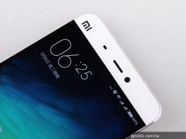 雷军谈小米手机为何沒有防水功能:维修成本高