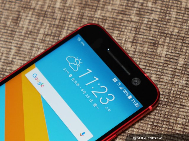 艳丽十足:HTC 10夕光红真机图赏